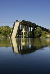 Valmada Bridge - Axios River (Zopidis Lefteris) Tags: bridge abandoned river village hellas greece macedonia thessaloniki abandonment visualart allrightsreserved ruined salonica salonika makedonia lefteris eleftherios axios  zop     zopidis zopidislefteris   chalastra leyteris