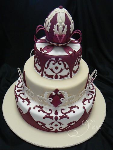 SA State Competition. Burgundy Wedding Cake