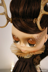 doe eyes (Super*Junk) Tags: charity brown fashion forest gold doll exhibition deer fawn blythe custom runway catwalk beautycontest cwc jamfancy paulkaiju superjunk teamsibley