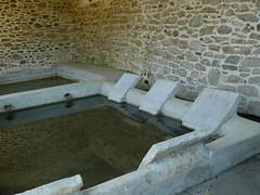 St Etienne d'Orthe (40), le lavoir (Marie-Hélène Cingal) Tags: france southwest 40 landes lavoir sudouest aquitaine