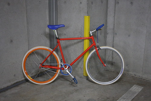 Tokyobike with beige and white panaracer tire