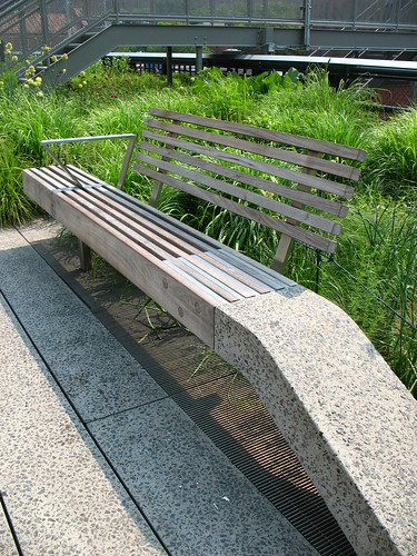 High Line, NYC: bench