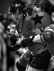 In the Crunch (St Paul Paul) Tags: sports minnesota sport athletics women minneapolis rollerderby twincities pivot athlete saintpaul jammer rollerskate blocker flattrack wftda nsrg northstarrollergirls