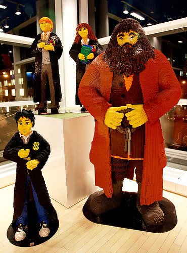 Lego Harry Potter Characters by jhandelman.