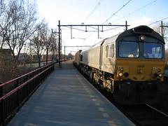 class66 diesel locomotive PB20 DLC Crossrail (giedje2200loc) Tags: railroad train diesel 66 class locomotive trainspotting trein treinen dlc spoorweg class66 emd crossrail spotten railfaning pb20 jt42cwr