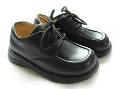 school shoes (The Green Party / Comhaontas Glas) Tags: routes safe scholl