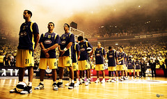 May the Battle Begin (Yaniv Ben Simon) Tags: basketball court israel final match maccabi maccabitelaviv  hapoeljerusalem  yanivbensimon wwwybscoil