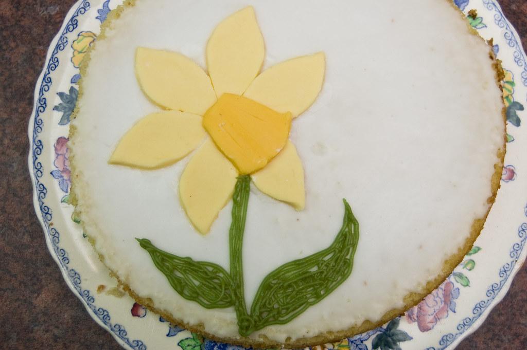 28/365 Daffodil Cake.