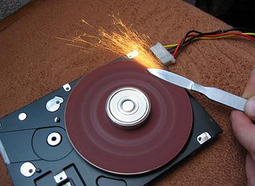 ماذا تفعل بجهاز الكمبيوتر القديم ....؟؟!! 3668496798_dd2094f377_o