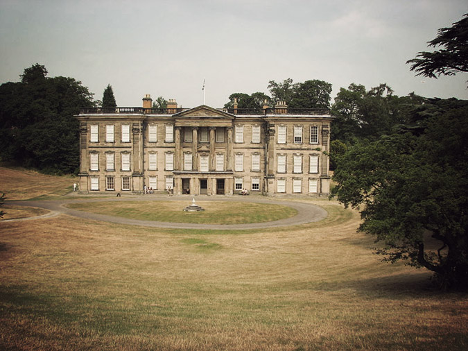 800px-Calke_Abbey_front_view