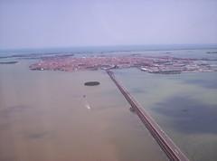 Arrivooooo (Grabby Walls) Tags: world travel venice italy italia places venezia viaggi viaggio veneto viaggiare grabbywalls