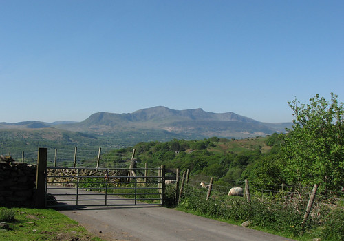 Gated lane & Cadair Idris