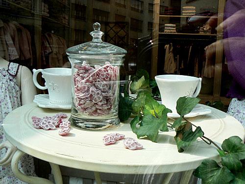 thé et bonbons.jpg