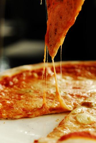 4 Formaggi Pizza - DSC_1329