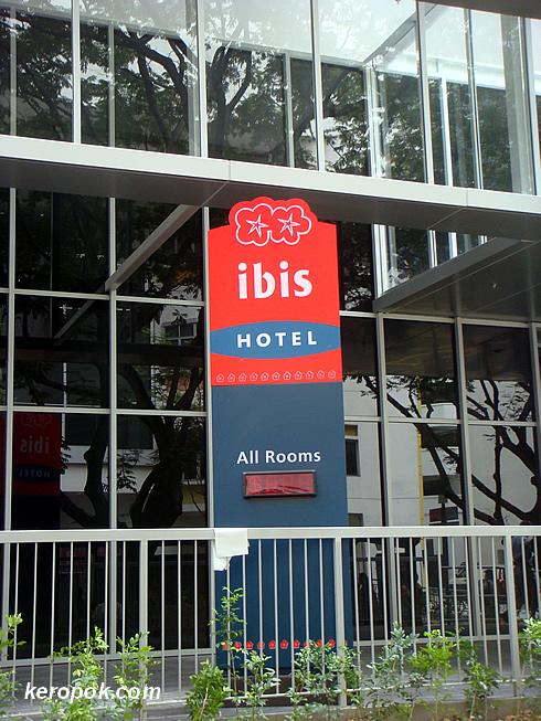 Ibis Hotel at Bencoolen Street.