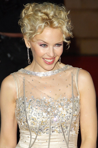 Kylie Minogue to sing for Bollywood