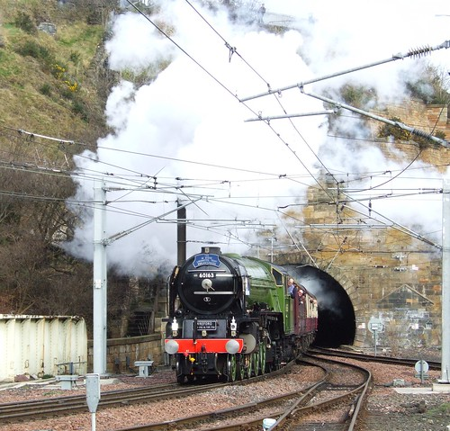 Tornado steams into Edinburgh 4