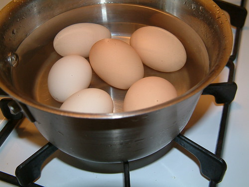 Boiling 6 eggs