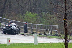 1-car accident kills 1, injures 2