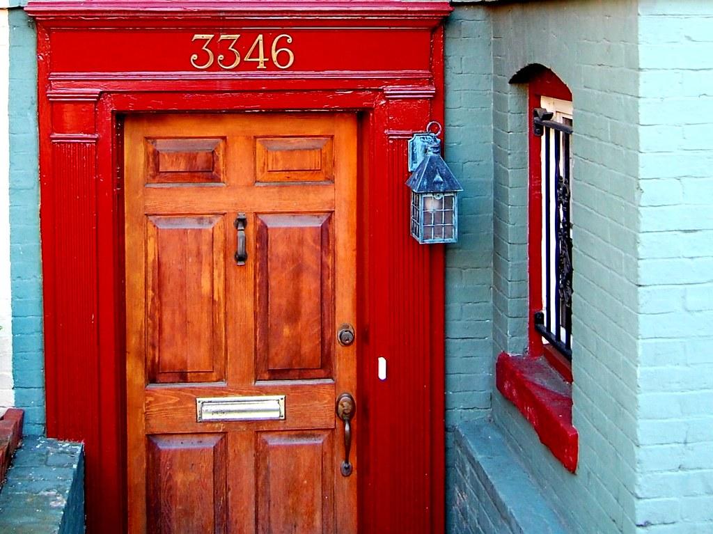 La puerta del farolillo azul