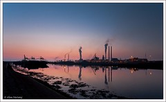 IJmuiden Harbor by Night (Alex Verweij) Tags: light sunset haven reflection industry water night canon boats harbor nacht smoke timeexposure industrie 1022mm reflectie ijmuiden cs4 tijdopname 40d alexverweij