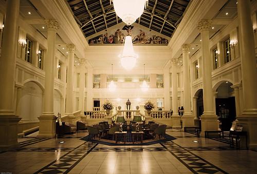 R0015612 : Hotel Amsterdam -Entrance-