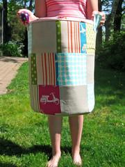 scooter bucket (lesleyandsara) Tags: ross bucket heather fabric scooters munki echino
