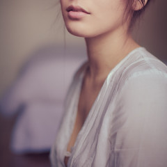 Miss R #4 (Herv Mitko) Tags: portrait woman girl canon mouth eos 50mm mood mark f14 femme softness ii bouche 5d fille ambiance douceur 5014 5dmarkii