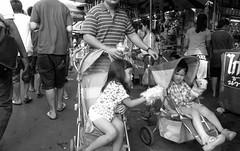 R0016750 (ezraGRD) Tags: thailand bangkokstreetscene bangkoksnapshots bangkokstreetphotography