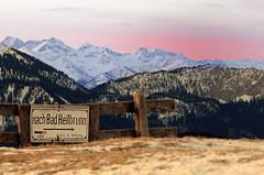 Nach Bad Heilbrunn (hiasl_3) Tags: schnee winter berg bad berge schild blomberg sonnenaufgang karwendel zwiesel heilbrunn sonnenaufganggipfel gettyimagesgermanyq1 gettygermanyq2 gettygermanyq4