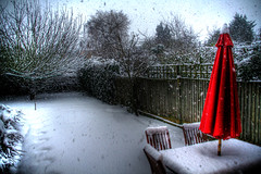 It arrived! (simonlesleyphoto) Tags: red snow london ice weather yard umbrella canon garden eos 350d back frost united freezing sigma kingdom 18200mm sunbrella