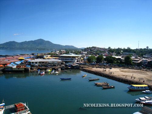manado harbour 2