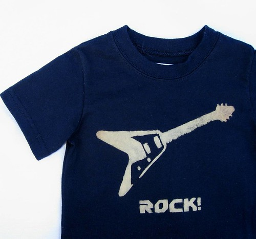 Flying V guitar ROCK shirt