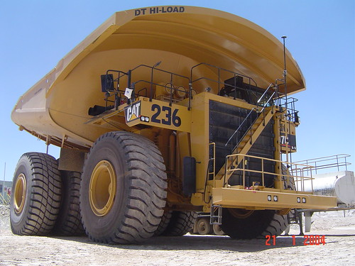 797 caterpillar truck. Caterpillar 797 truck at