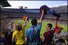 Aficionats a la celebració del triplet del Barça al Camp Nou 2009 (Hara Amorós) Tags: barcelona sport club football nikon fiesta soccer catalunya fans futbol festa triplet campnou barça fcbarcelona 2009 copa champions celebración campeones fcb d300 campions blaugrana aficion lliga tamron1750 250v10f triplete 20082009 nikond300 tricampions