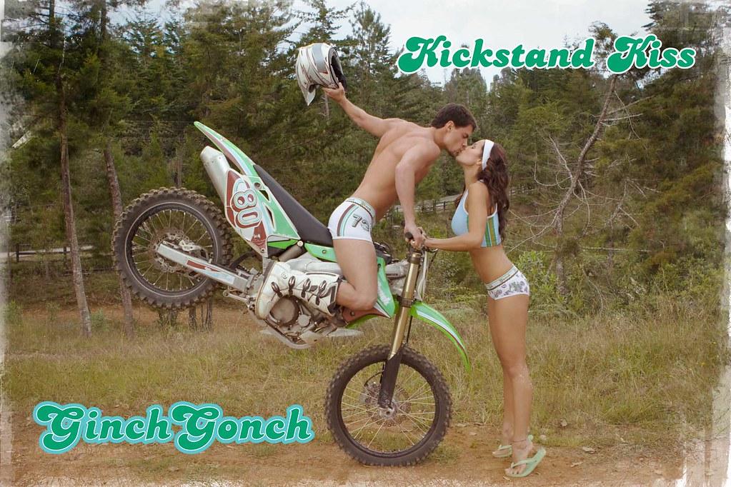 Motocross Kiss