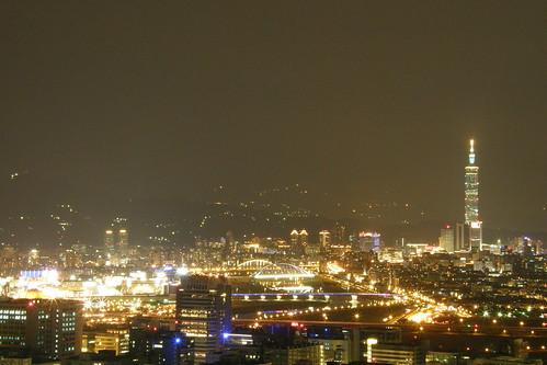 04.璀璨的基隆河夜景