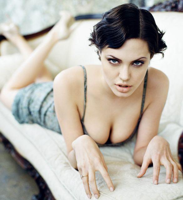 Beleza - Angelina Jolie