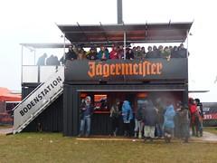 Der Jägermeister Hochsitz auf dem Southside Festival 2009 (Schröder+Schömbs PR _ Brands | Media | Lifestyle) Tags: festival bar jägermeister hochsitz jgermeister jgermeisterhochsitz jägermeisterhochsitz jgermeistersouthside jägermeistersouthside southside2009