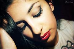 Sto pensando a te (Michela Medda) Tags: people book makeup occhi sguardo alessandra sguardi posa modella eos450d