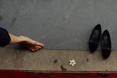 (kuuan) Tags: flower foot shoe shoes vietnam m42 mf 24mm vivitar hue manualfocus f224mm vivitarf224mm