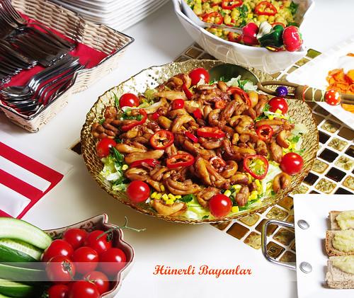 Akşam Çayı Sofrası-Tavuklu Salata