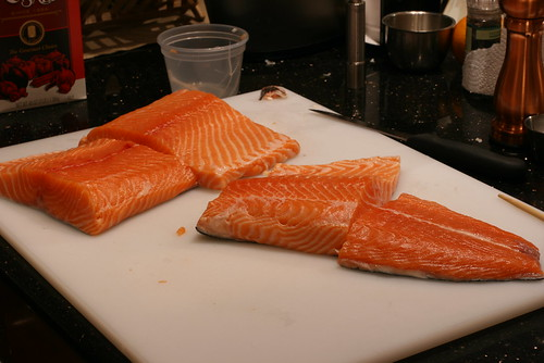 salmon cut in 4