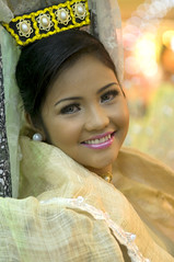 sinulog festival queen (docjabagat) Tags: beautiful face cebu filipina cebucity sinulog carcar cebuana sinulogfestivalqueen sinulog2009