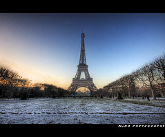 Eiffel Tower , Paris, France|| HDR (Mina Photography) Tags: longexposure trees snow paris france europe tripod eiffeltower landmark symmetry best hdr contiki sigma1020 wintershot 3exp contikitrip canon40d