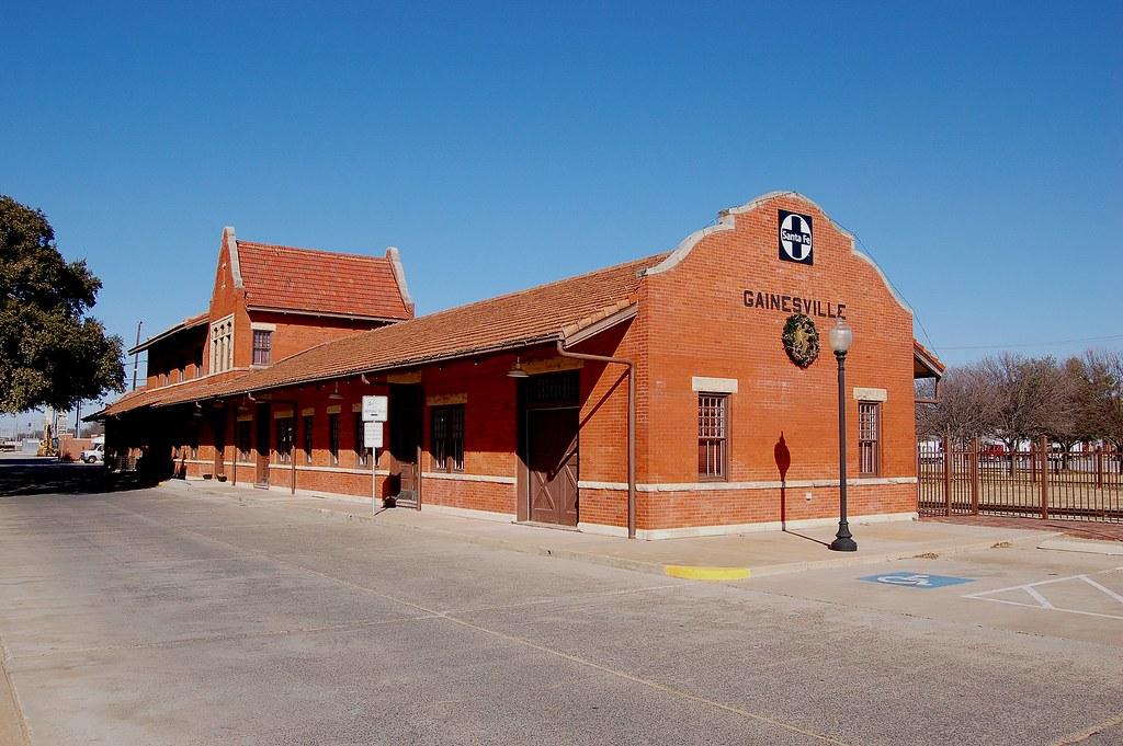 Atchison, Topeka & Santa Fe RY, Texas, Gainesville (3,145)