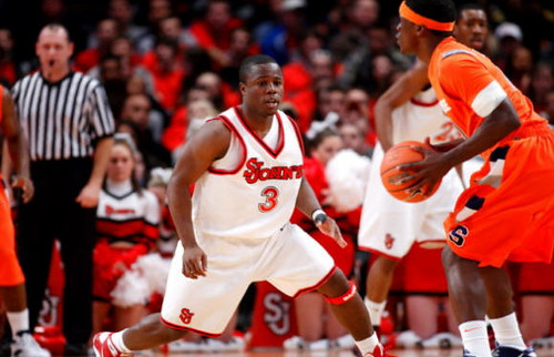 Malik Boothe vs Jonny Flynn of Syracuse