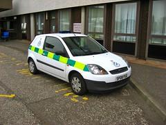 Ford Fiesta Tdci - with blue lights (barronr) Tags: scotland stirling ambulance rrv scottishambulanceservice rapidresponsevehicle stirlingroyalinfirmary