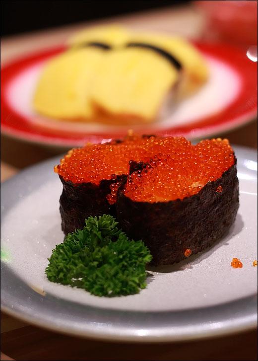 ebiko-sushi
