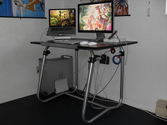2009 Apple Workstation (Angle)